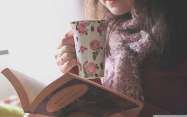 tea_and_books-wallpaper-1680x1050-928x580